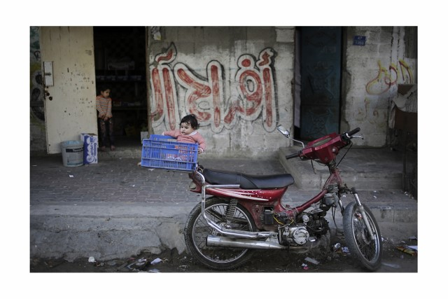 ali_nouraldin_daily_life_in_gaza_strip