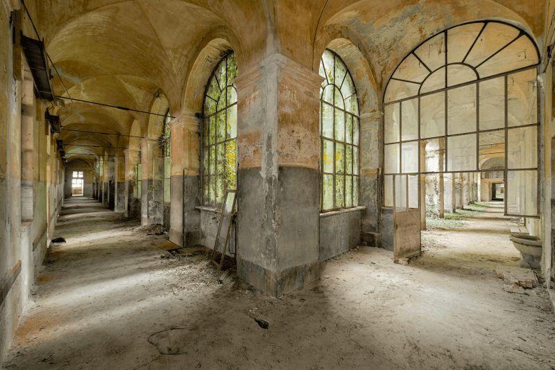 peter-untermaierhofer-doppel-korridor
